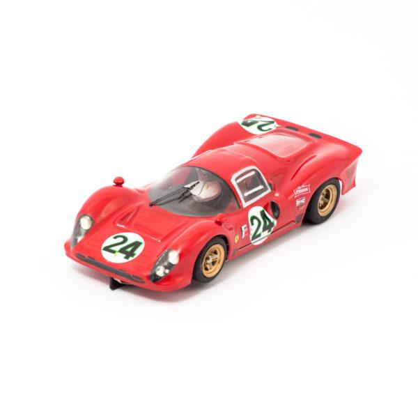 Slot Car Ferrari 330 P3 Coupè #14 Parkes/Surtees 1:24
